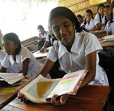 Sri lankan nangi fuking - 1 1